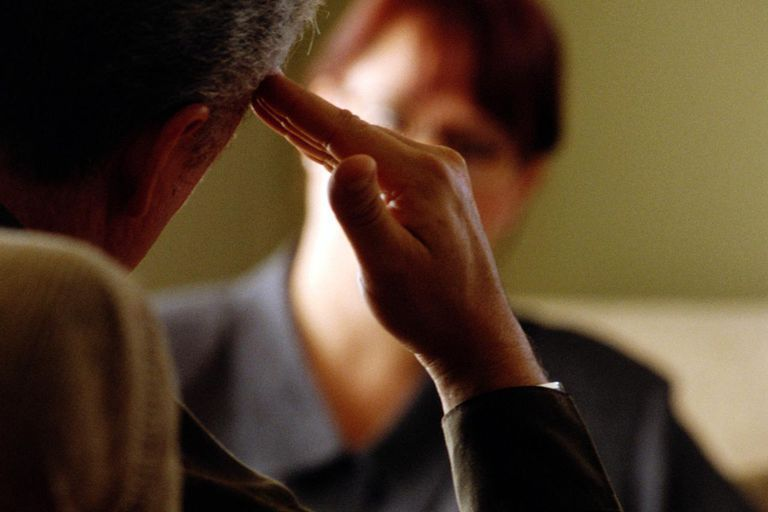 Kognitiv terapi ved behanding afhængighed og misbrug af alkohol. Professionel alkoholbehandling